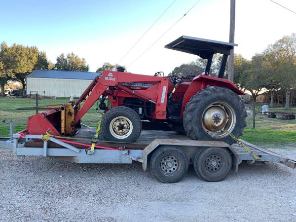 Photo Massey Ferguson 231 with Massey Loader, Bucket, Hay Spear and Trailer - $11900 (Louise, Tex)