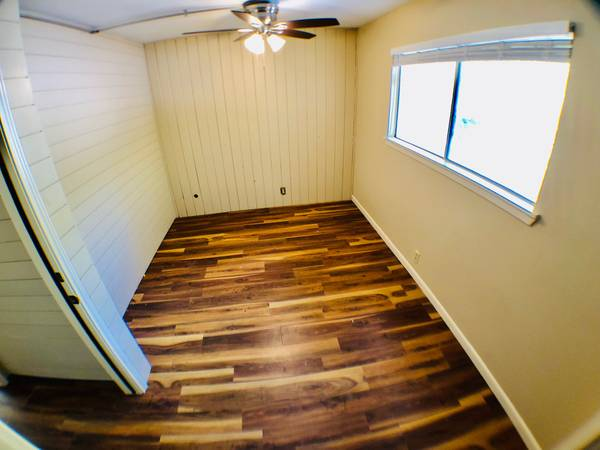 Photo Room for rent in house, Travis Heights, month to month, all bills paid (Austin)