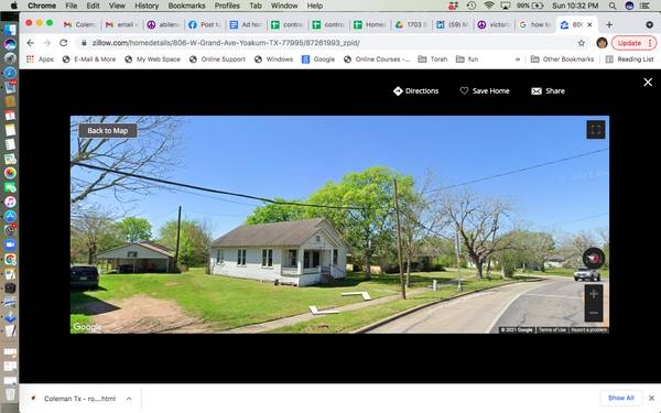 Photo Two homes for price of one (Yoakum)
