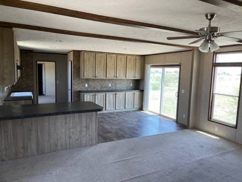 Photo USED 2018 4 BED 2 BATH MOBILE HOME 18 X 80 TO BE MOVED TO YOUR LAND (YOAKUM)