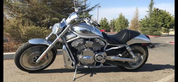 Photo 2003 Harley V Rod - $7,000 (Bakersfield)