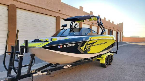 Photo 2014 Super Air Nautique G23 Surf Boat. - $119,500 (Bakersfield)