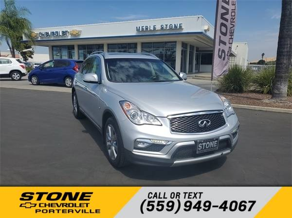 Photo 2017 INFINITI QX50 Base - $19,358 (_INFINITI_ _QX50_ _Wagon_)