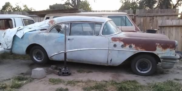 Photo Buick special 2 door hardtop not running - $2,500 (Visalia)