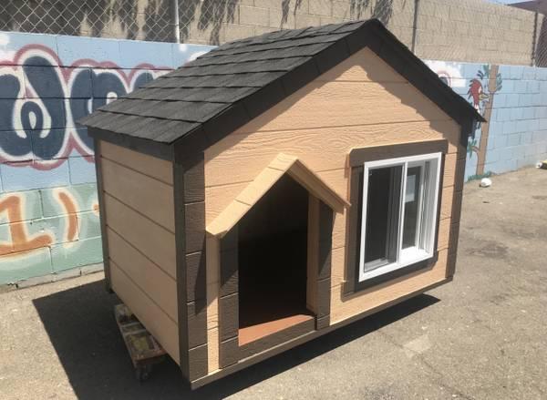 Photo Dog house cabin style with delivery - $950 (Tulare, Visalia, Fresno)