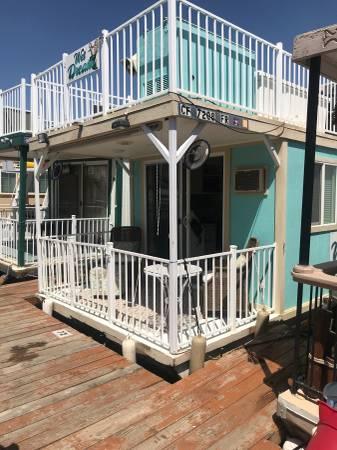 Photo Houseboat 10x30 for Sale - $32,500 (Lake Kaweah)