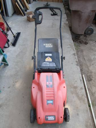 Photo Lawn Mower  Weed Eater - $50 (TULARE)