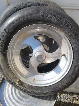 Photo Vw sand tire rims wide 5 - $300 (Tulare)