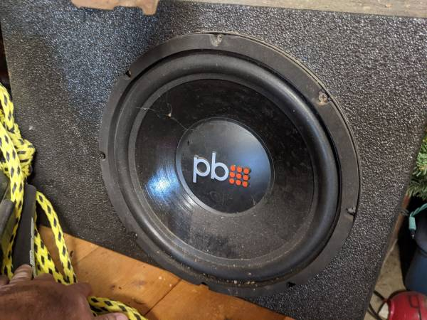 Photo 10 inch subwoofer - $100 (Lorena)