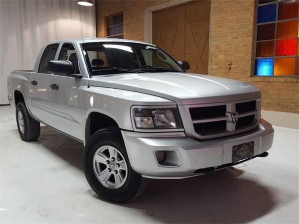 Photo 2009 Dodge Dakota Big Horn - truck - $8500 (Dodge Dakota Bright Silver Metallic)