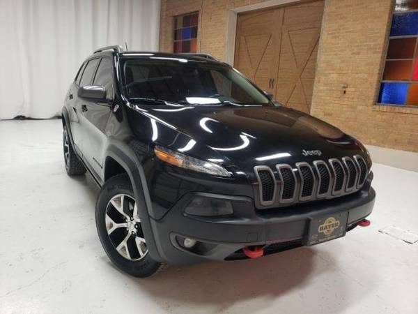 Photo 2014 Jeep Cherokee Trailhawk - SUV - $12900 (Jeep Cherokee Brilliant Black Crystal)
