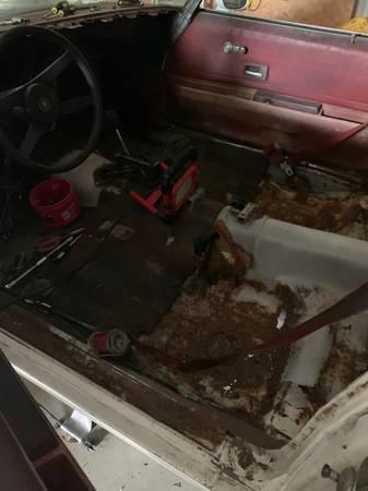 Photo 76 camaro interior parts - $50 (Abbott)