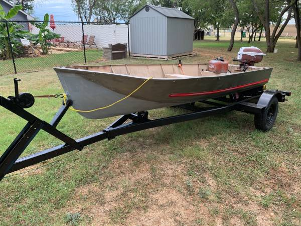 Photo Aluminum V Bottom Jon Boat, trailer or trolling motor for sale - $400 (Woodway)