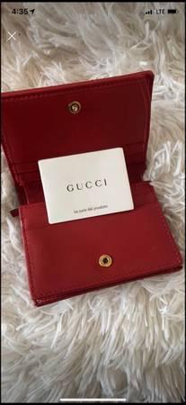 Photo Gucci Wallet - $500 (Waco)