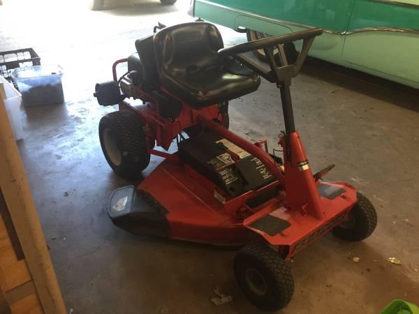 Photo Snapper riding mower - $400 (Waco)