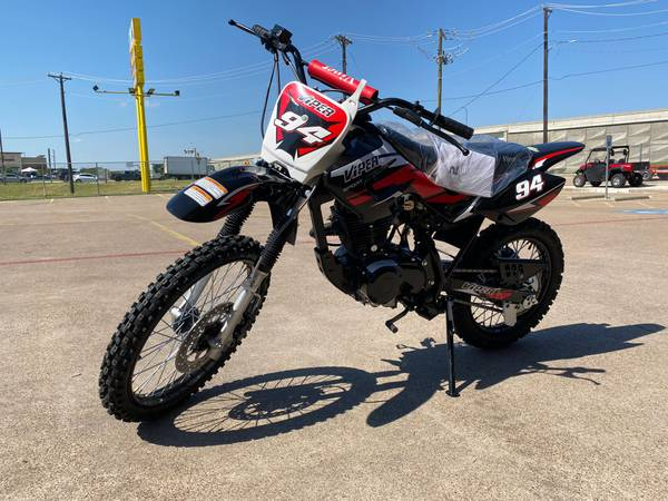 Photo Viper 150cc Off road full size Dirt Bike on sale - $1,299 (2470 W Pioneer Pkwy Grand Prairie)