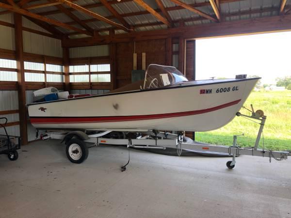 Photo 1960 Crestliner Boat, Imperial Flying Crest 1739 - $2,000 (La Porte City)