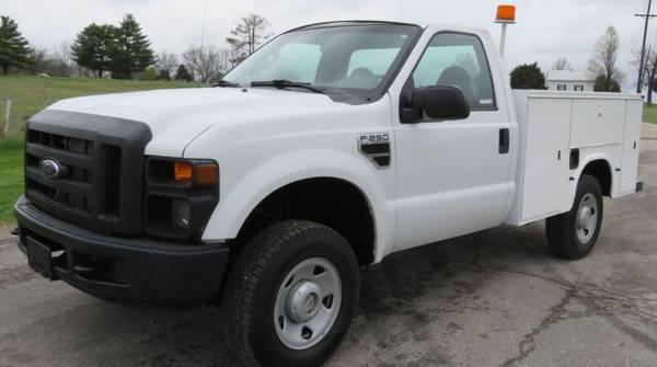 Photo 2008 Ford F250 Super Duty XL 4x4 utility bed pickup truck - $12,995 (New Hton, IA)
