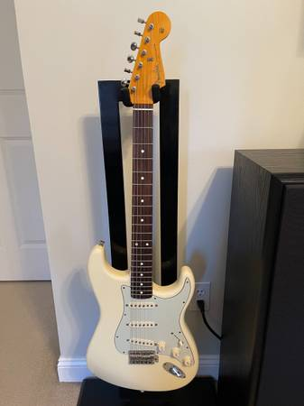 Photo 2012 Fender John Mayer Stratocaster Olympic White - $2,750 (Urbandale)