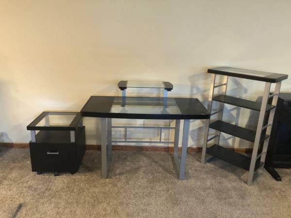 Photo 3 piece desk set - $300