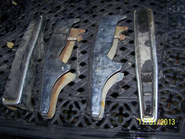 Photo 73-79 FORD Pickup truck parts (cedar rapids)