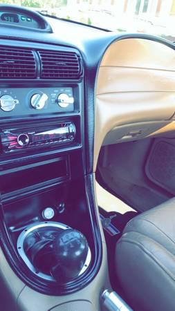 Photo 97 Mustang GT - $7500 (Waterloo)