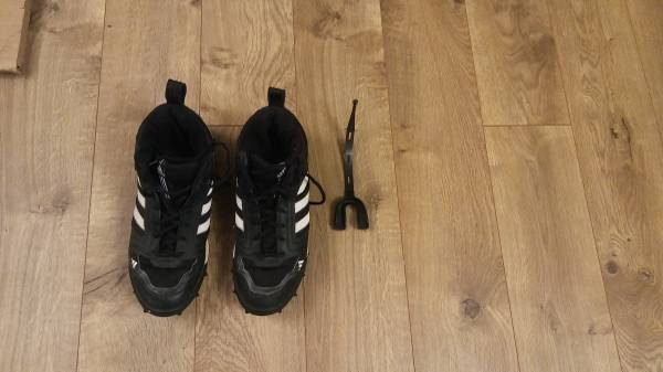 Photo Adidas Football Cleats size 9 12 or 10 plus a new mouthguard - $25