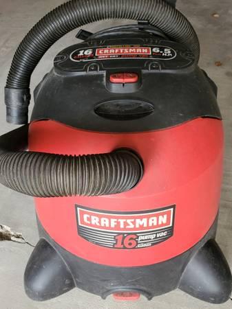 Photo Craftsman 16 gallon shop vac - $25 (Reinbeck)