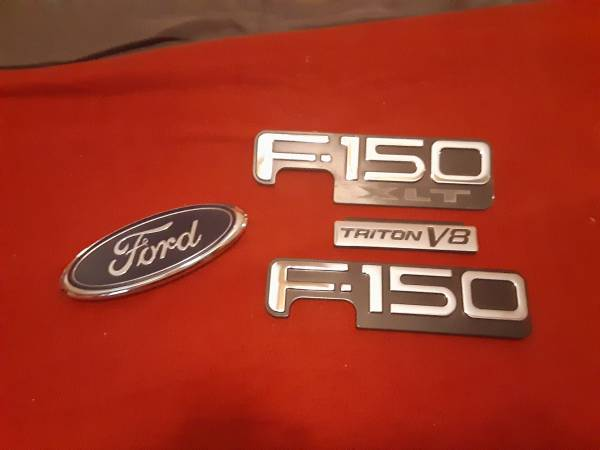 Photo Ford F150 decals. Triton Motor - $35 (Evansdale)