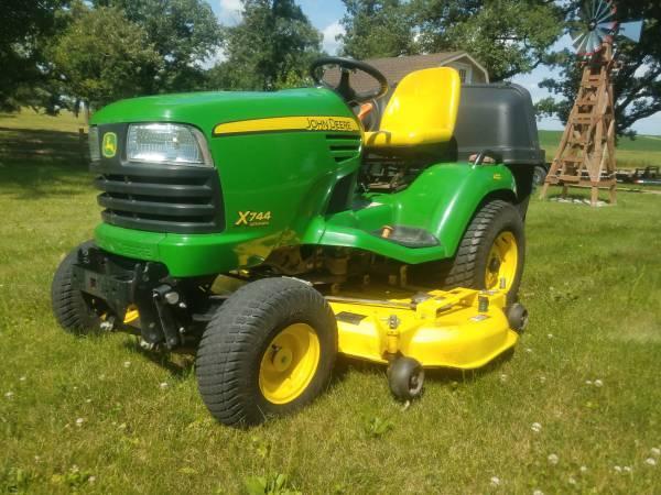 Photo John Deere X744 diesel AWS garden tractor with 62 inch deckbagger - $6000