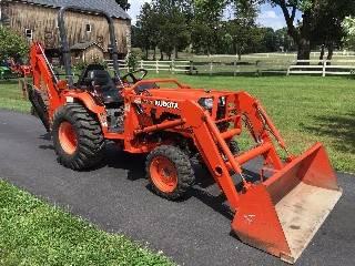 Photo Kubota B2910 Belly mower wHardware - $1,000 ($$$$$)