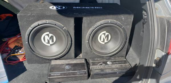 Photo Memphis 12 in. Subs and  - $200 (Waterloo)