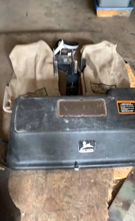 Photo john deere power bagger - $600 (Cedar Falls)