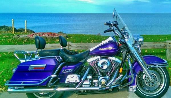 Photo 2000 Harley Davidson Road King FLHRI - $6,999 (Rochester)