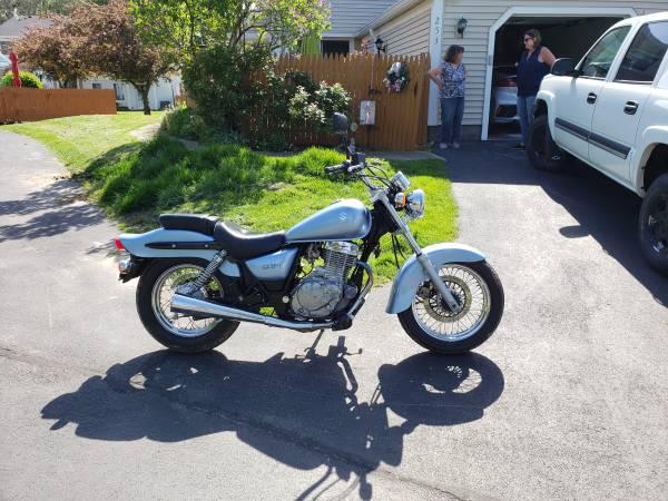 Photo 2006 Suzuki 250 - $2,000 (Walworth)