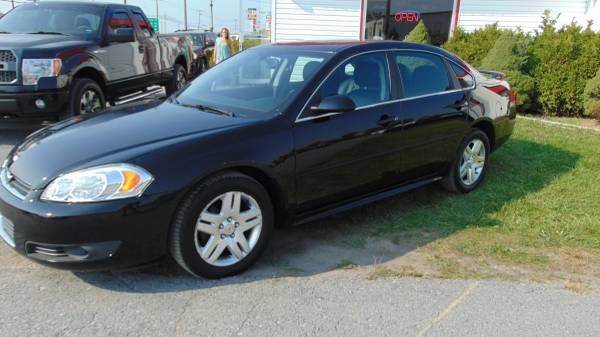 Photo 2011 Chevy Impala LT Black On Black Leather Loaded - $7,488 (THE DEALER TRADER AUTO GROUP BRADLEY ST  81)