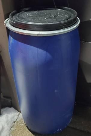 Photo 45 gallon plastic barrels removable lids - $30 (3422 Rt13 Pulaski)