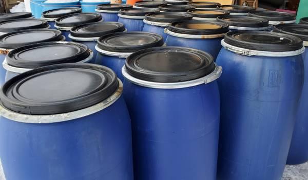 Photo 45 gallon plastic feed barrels removable lids - $30 (3422 Rt13 Pulaski)