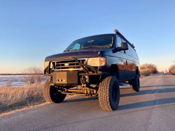 Photo 4x4 7.3PSD Ford E350 Van - $25,500 (Sackets Harbor)
