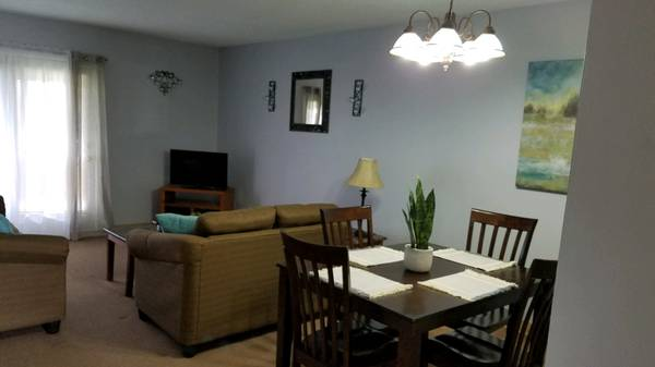 Photo FULLY FURNISHED 2 BR2 BATH AVAILABLE NOW (ONTARIO VILLAGE APARTMENTS)