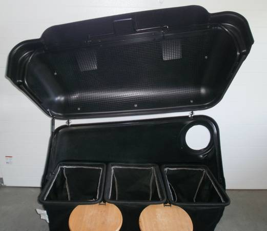 Photo JOHN DEERE 14 BUSHEL REAR BAGGER SYSTEM WITH 60quot POWER-FLOW - $1,200 (Lowville)