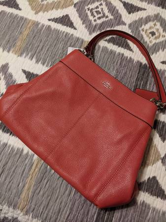 Photo NEW Coach Leather Handbag Purse - $175 (AVON)