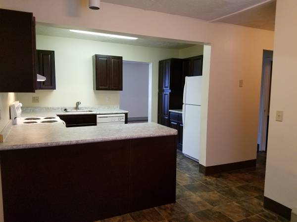 Photo One town home left for move in in September...call today (Watertown)