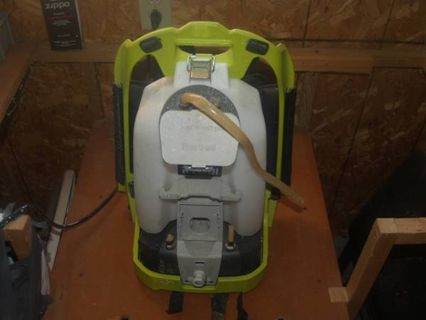Photo Ryobi Cordless Backpack ChemicalPaint Sprayer - $70 (Ogdensburg)