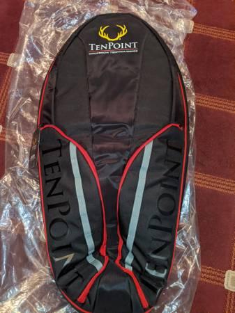 Photo Tenpoint Blazer Crossbow Case - $85 (Lowville)