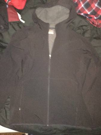 Photo old navy active gear jacket - $40 (watertown)