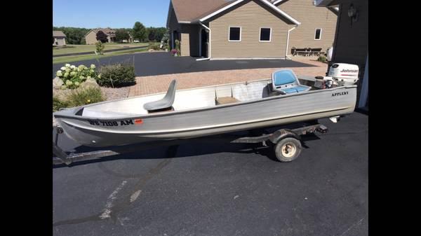 Photo 14 ft aluminum fishing boat 4 stroke motor - $1,295 (Stratford)