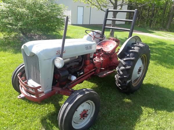 Photo 1954 Ford Naa Tractor - $2,200 (Mosinee)