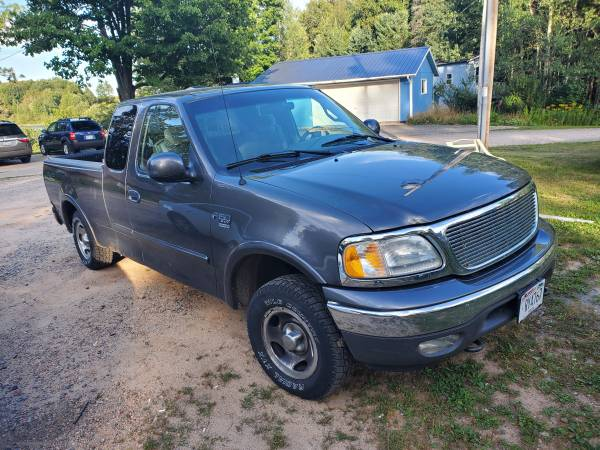 Photo 2002 ford f150 4x4 only 94 000 miles - $1,495 (Wabeno)
