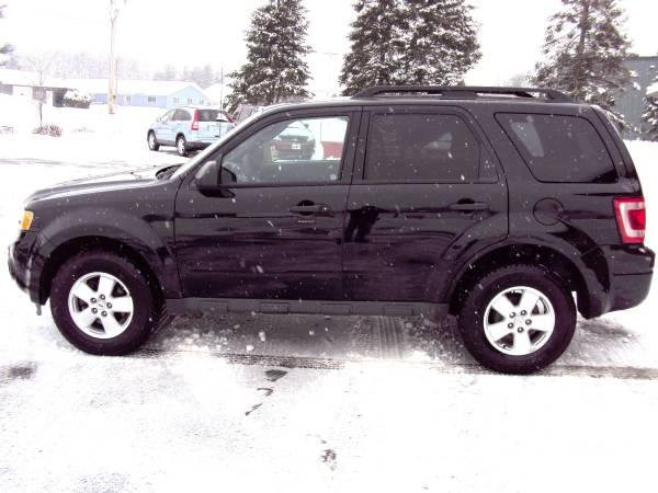 Photo 2012 Ford Escape XLT 4X4 - $9999 (5305 E Jelinek Ave Weston WI)